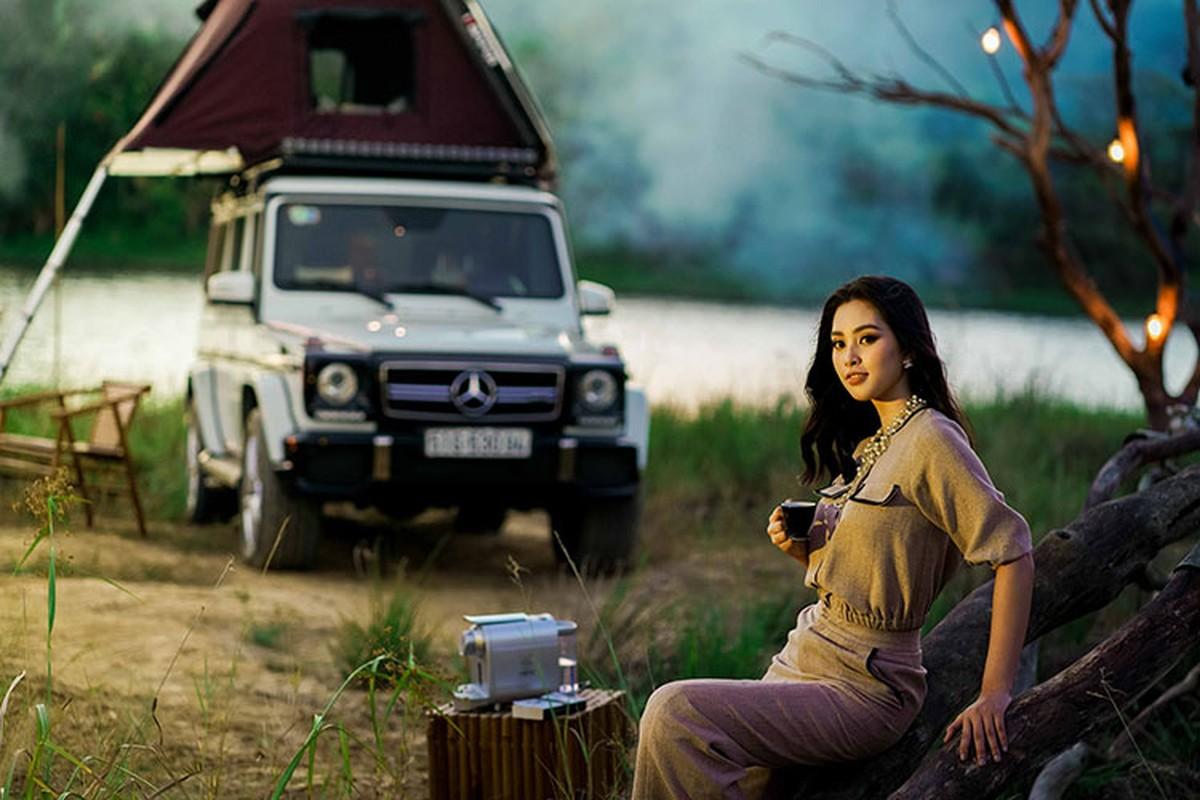 Hoa hau Tieu Vy do dang Mercedes G63 cua Dang Le Nguyen Vu-Hinh-2