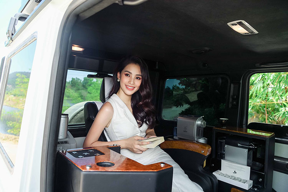 Hoa hau Tieu Vy do dang Mercedes G63 cua Dang Le Nguyen Vu-Hinh-4