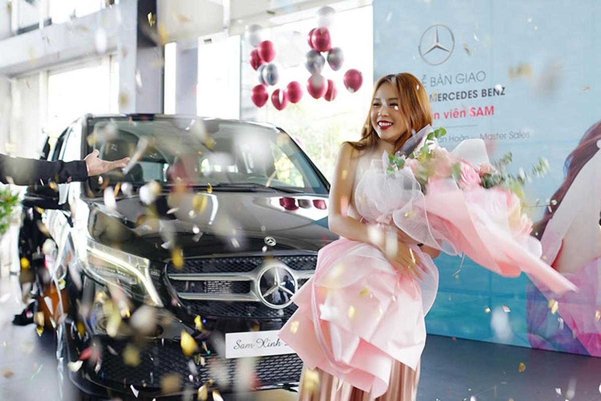 Hot girl Sam tau Mercedes-Benz V250 Luxury hon 2,5 ty dong-Hinh-3
