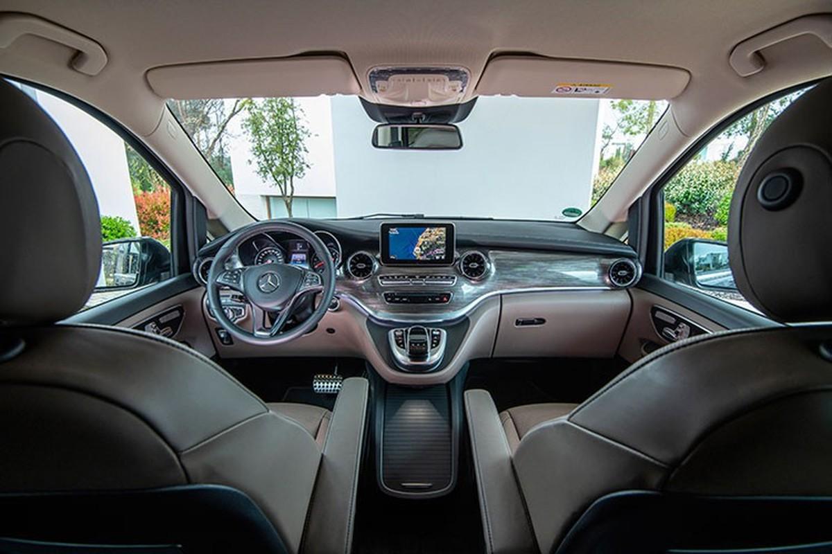 Hot girl Sam tau Mercedes-Benz V250 Luxury hon 2,5 ty dong-Hinh-5