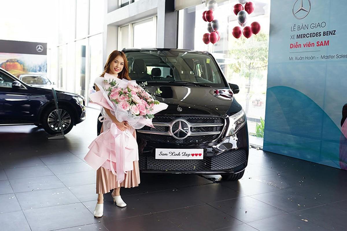 Hot girl Sam tau Mercedes-Benz V250 Luxury hon 2,5 ty dong-Hinh-9