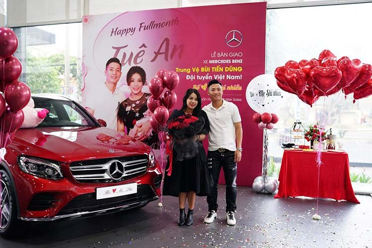 Trung ve Bui Tien Dung tau SUV Mercedes-Benz GLC tien ty-Hinh-2