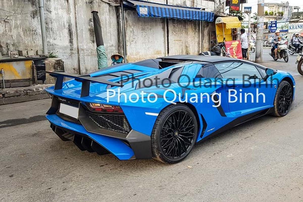 Xe Lamborghini Aventador SV Roadster gan 40 ty tai Viet Nam-Hinh-2