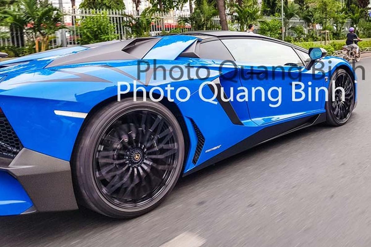 Xe Lamborghini Aventador SV Roadster gan 40 ty tai Viet Nam-Hinh-4