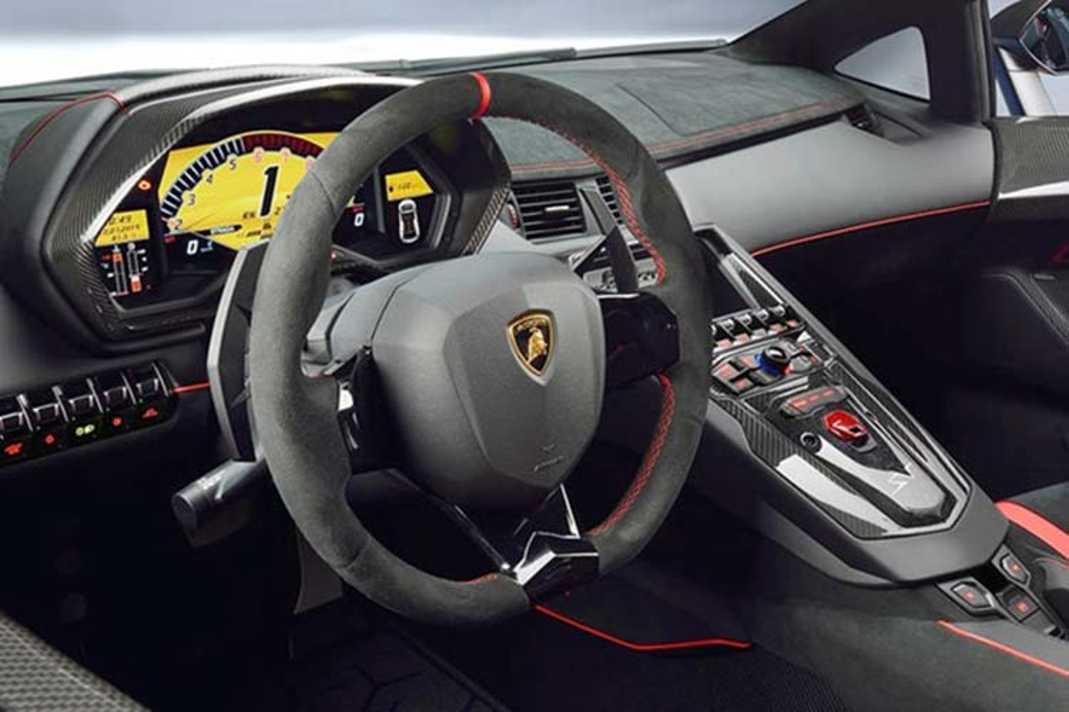 Xe Lamborghini Aventador SV Roadster gan 40 ty tai Viet Nam-Hinh-5