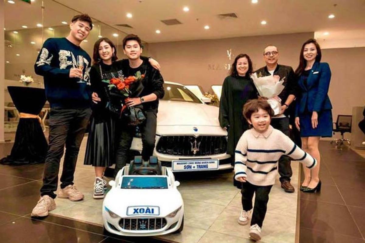 Vo chong Trang Lou sam Maserati Ghibli gan 5 ty dong-Hinh-2