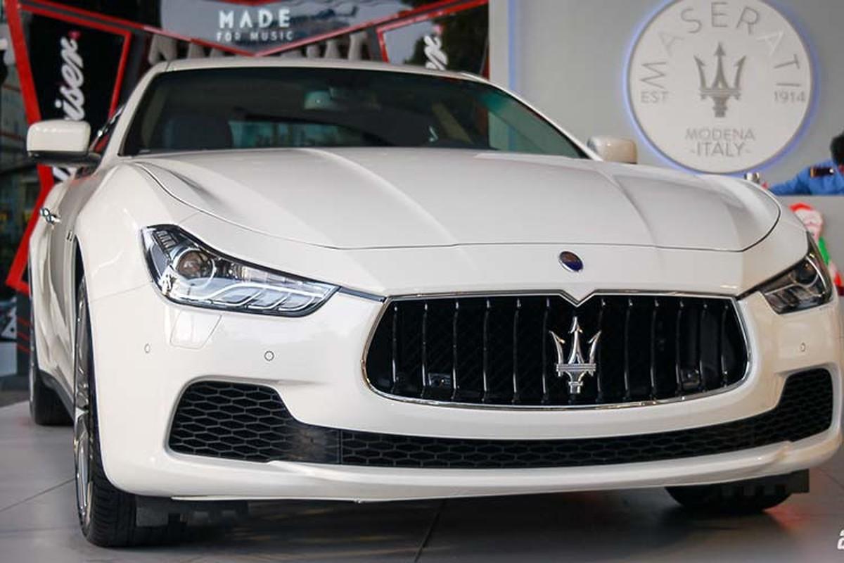 Vo chong Trang Lou sam Maserati Ghibli gan 5 ty dong-Hinh-8
