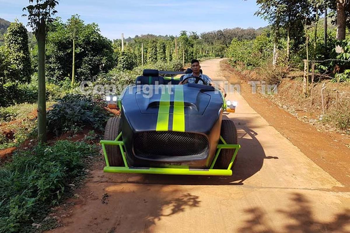 Chang trai Dak Nong che Toyota Cressida 40 trieu thanh xe dua-Hinh-7