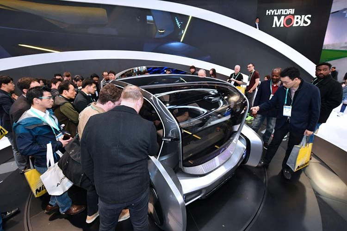 Hyundai Mobis M.Vision S - chiec xe the doc cam xuc nguoi dung-Hinh-3
