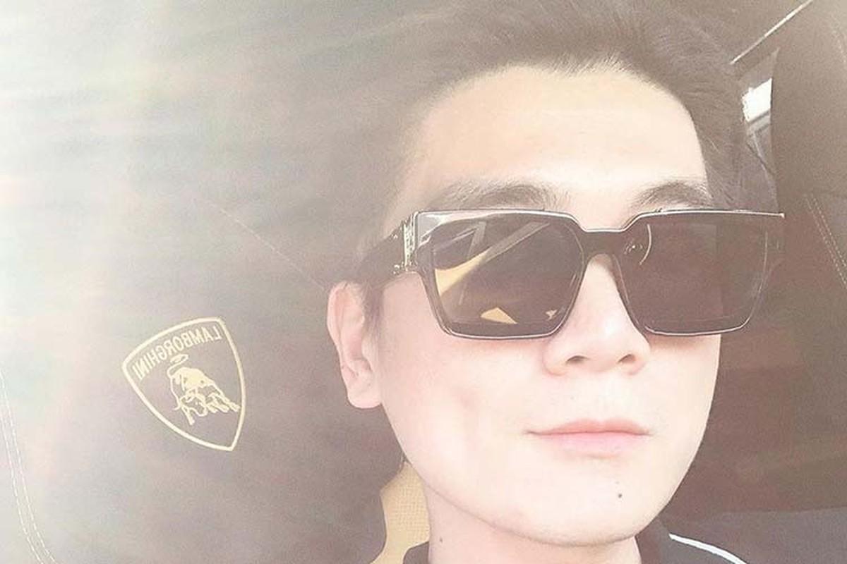 Con trai Bau Hien tau sieu SUV Lamborghini Urus hon 20 ty-Hinh-5