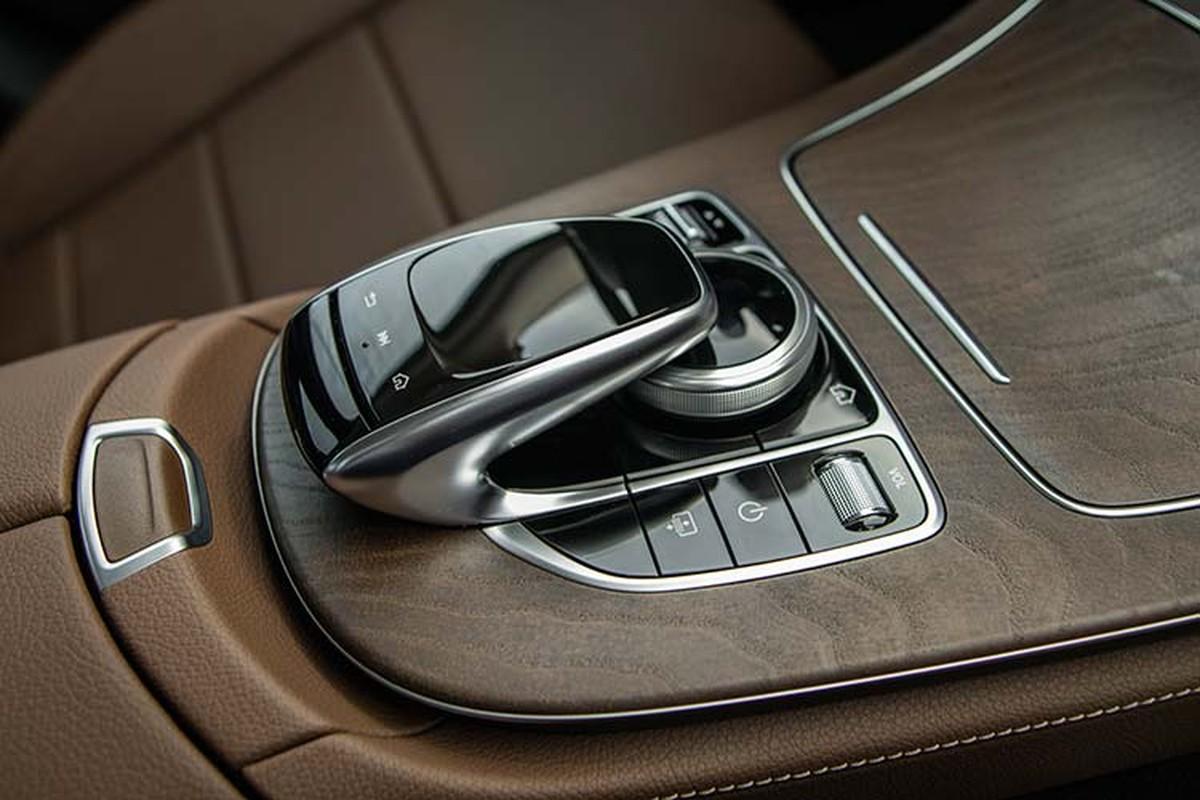 Can canh Mercedes-Benz E200 Exclusive hon 2,2 ty tai Viet Nam-Hinh-10