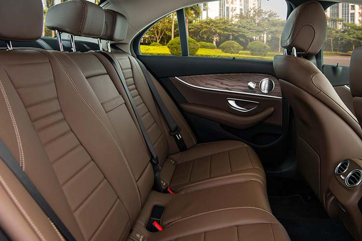 Can canh Mercedes-Benz E200 Exclusive hon 2,2 ty tai Viet Nam-Hinh-8