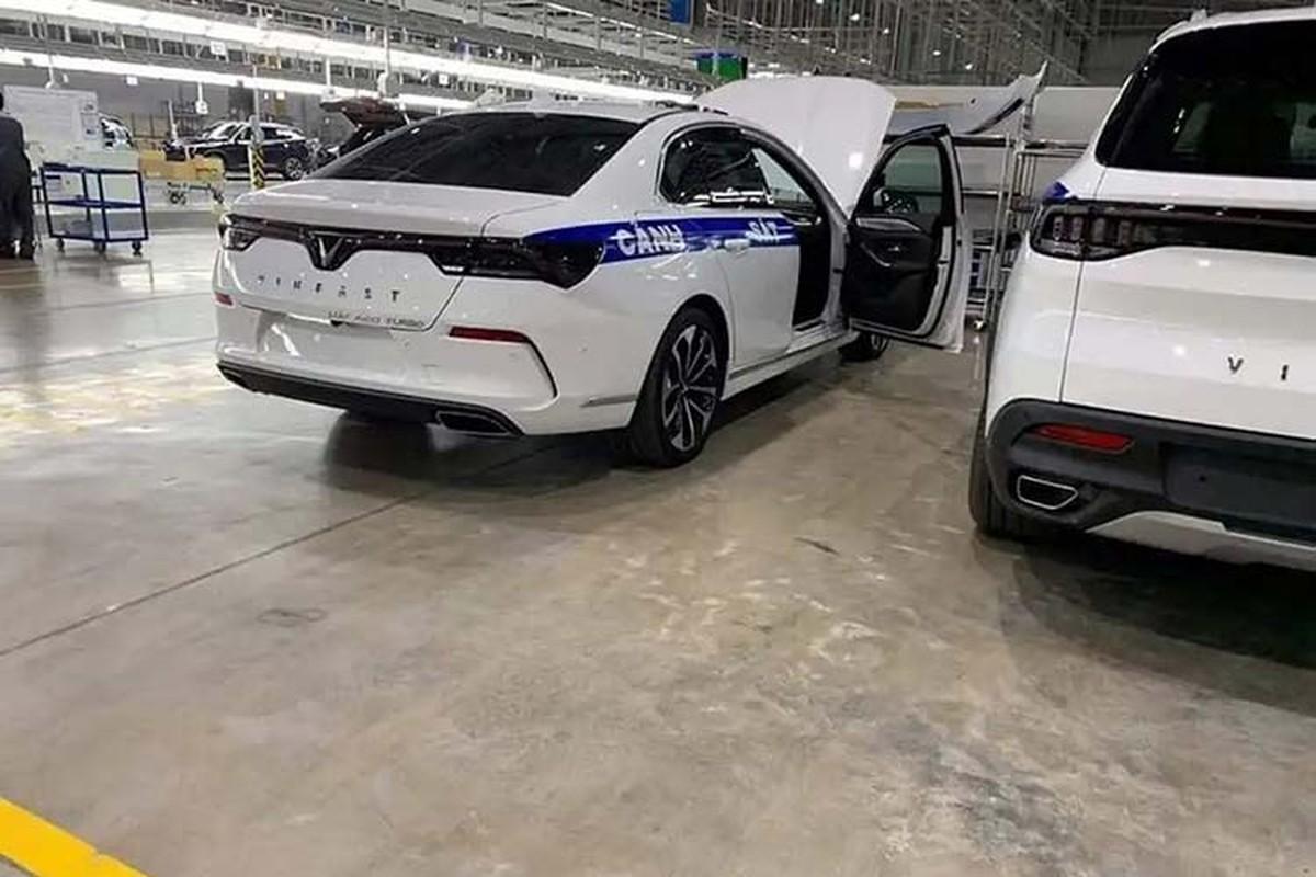 Xuat hien bo doi xe VinFast Lux danh cho CSGT Viet Nam-Hinh-2