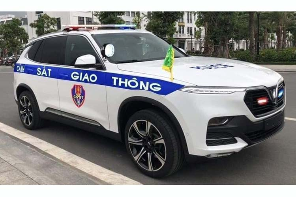 Xuat hien bo doi xe VinFast Lux danh cho CSGT Viet Nam-Hinh-7