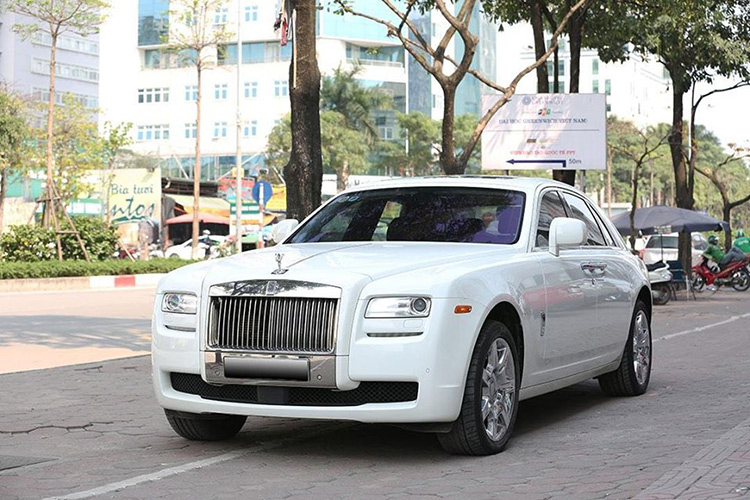 Can canh Rolls-Royce Ghost dung 10 nam hon 9 ty o Ha Noi-Hinh-10