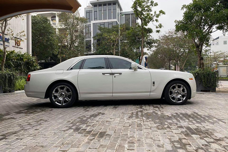 Can canh Rolls-Royce Ghost dung 10 nam hon 9 ty o Ha Noi-Hinh-2