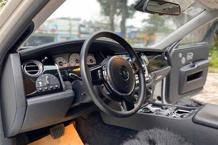 Can canh Rolls-Royce Ghost dung 10 nam hon 9 ty o Ha Noi-Hinh-6