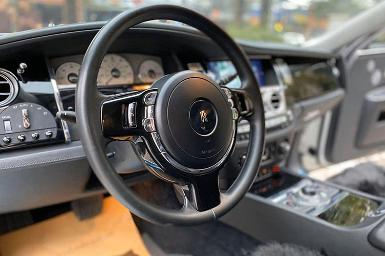 Can canh Rolls-Royce Ghost dung 10 nam hon 9 ty o Ha Noi-Hinh-7