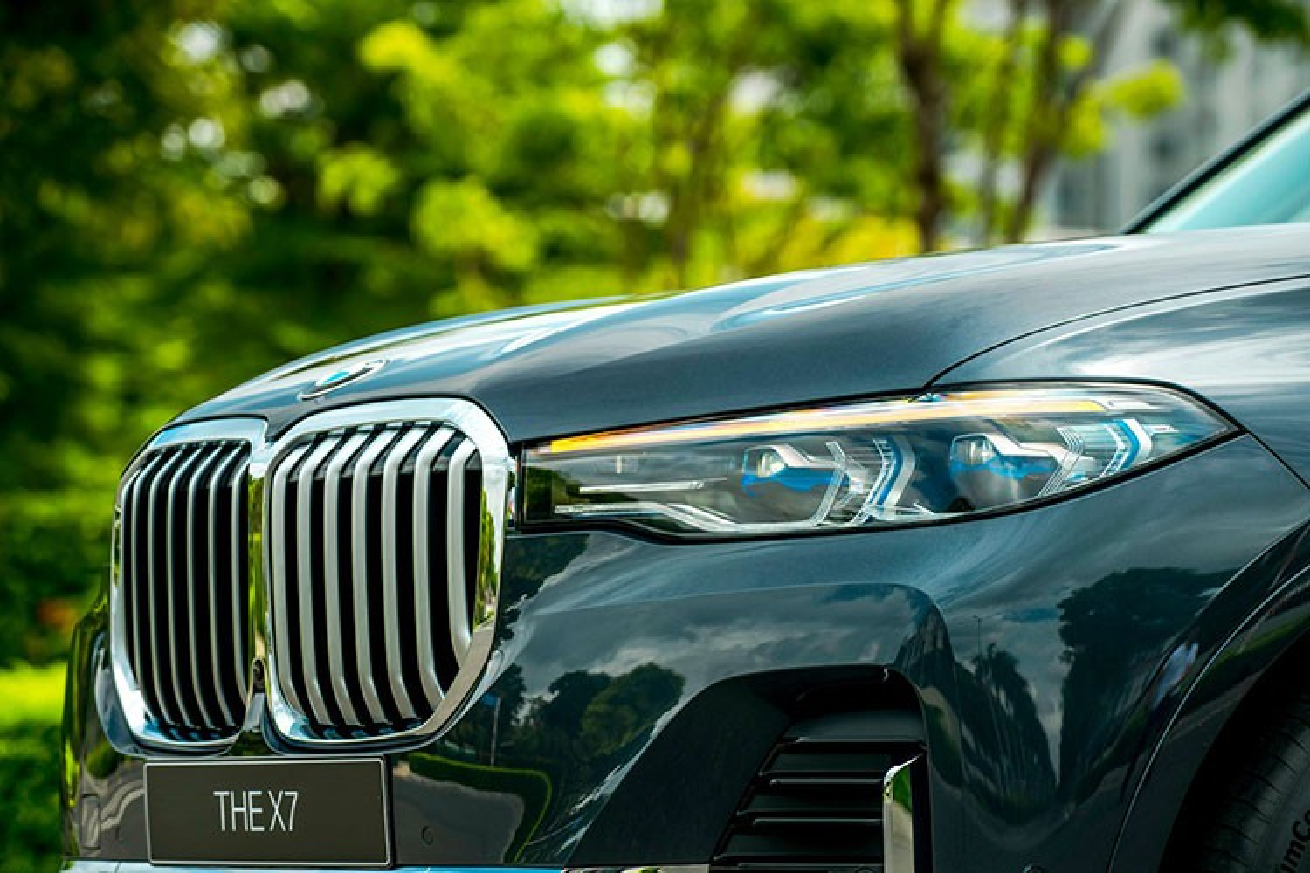 SUV hang sang BMW X7 giam toi 350 trieu dong tai Viet Nam-Hinh-4