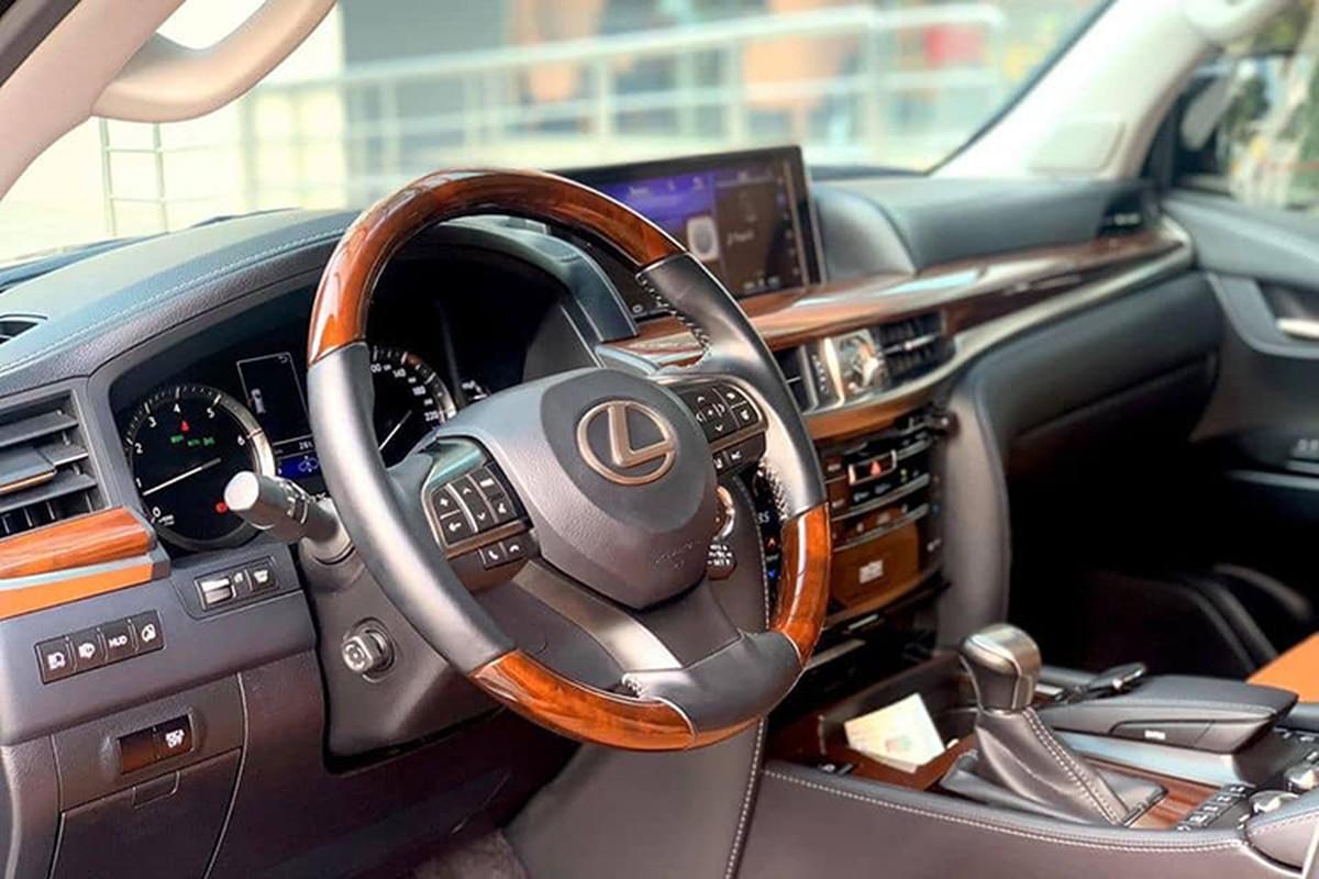Lexus LX570 chay 4 nam van hon 6 ty dong tai Ha Noi-Hinh-5