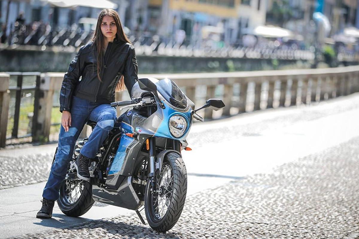 Ngam moto Aprilia Pagani 150 Cafe Racer chi 71,6 trieu dong-Hinh-5