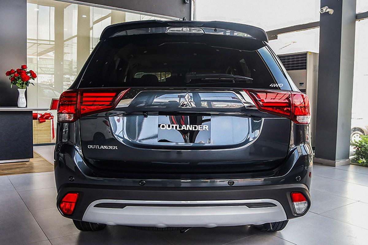 Mitsubishi Outlander 2020 dat nhat, giam 42 trieu tai Viet Nam-Hinh-11