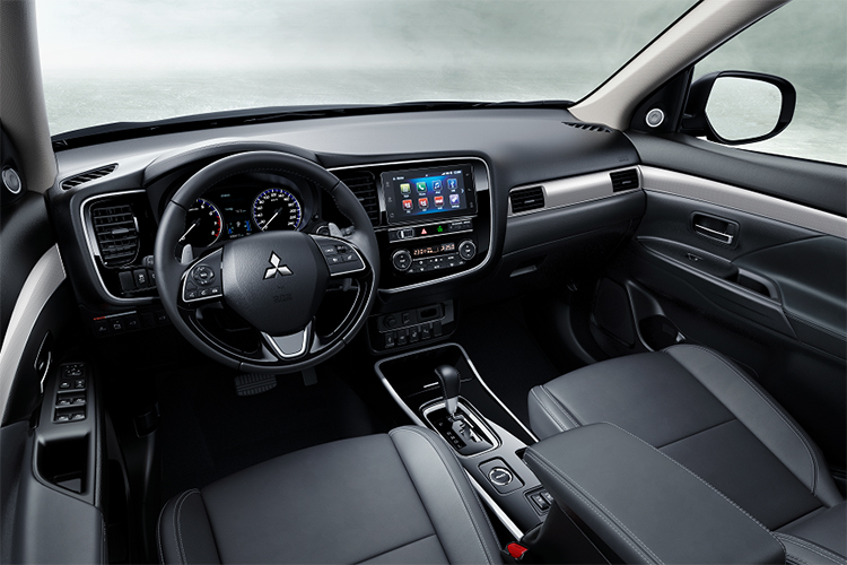 Mitsubishi Outlander 2020 dat nhat, giam 42 trieu tai Viet Nam-Hinh-6