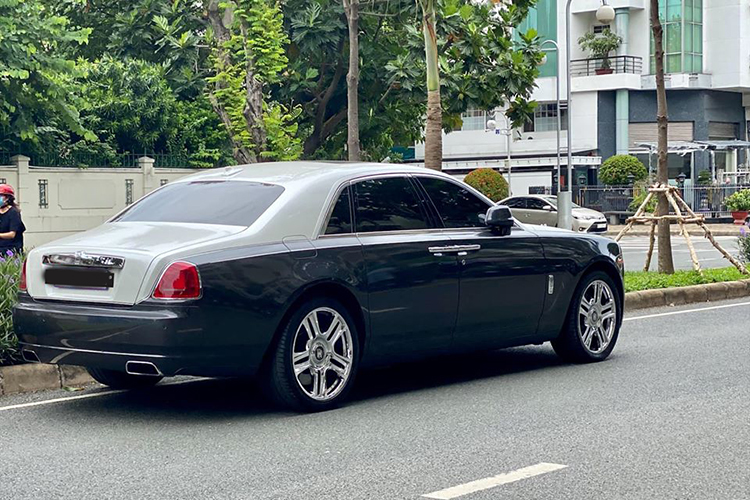 Can canh Rolls-Royce Ghost dung 9 nam hon 8 ty o Ha Noi-Hinh-12