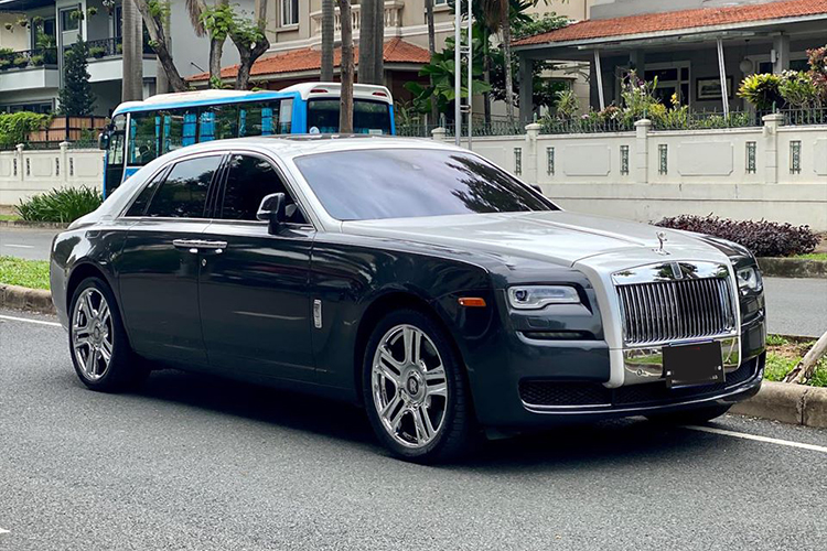 Can canh Rolls-Royce Ghost dung 9 nam hon 8 ty o Ha Noi