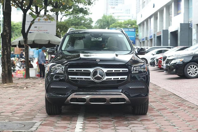 Can canh Mercedes-Benz GLS 450 nhap My, hon 6 ty o Ha Noi-Hinh-3
