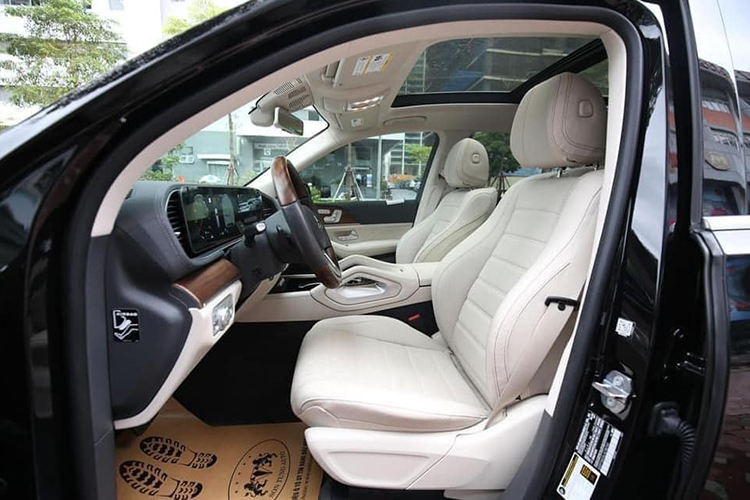 Can canh Mercedes-Benz GLS 450 nhap My, hon 6 ty o Ha Noi-Hinh-8