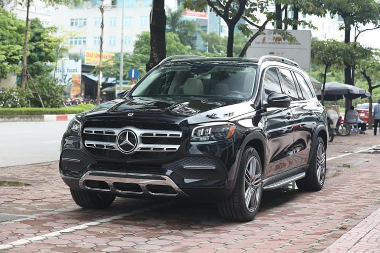 Can canh Mercedes-Benz GLS 450 nhap My, hon 6 ty o Ha Noi