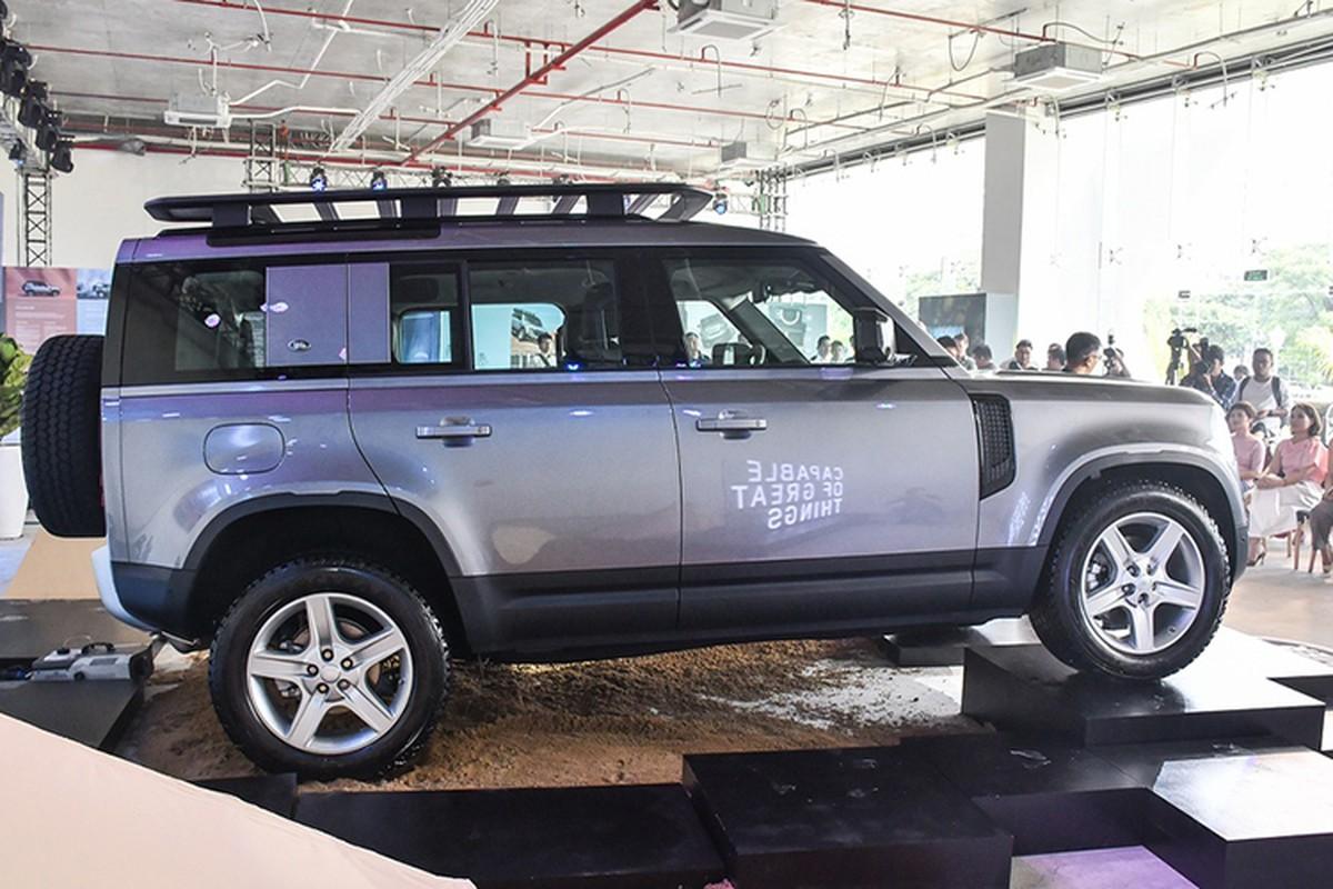 Land Rover Defender 2020 tu gan 4 ty chao hang tai Ha Noi-Hinh-2