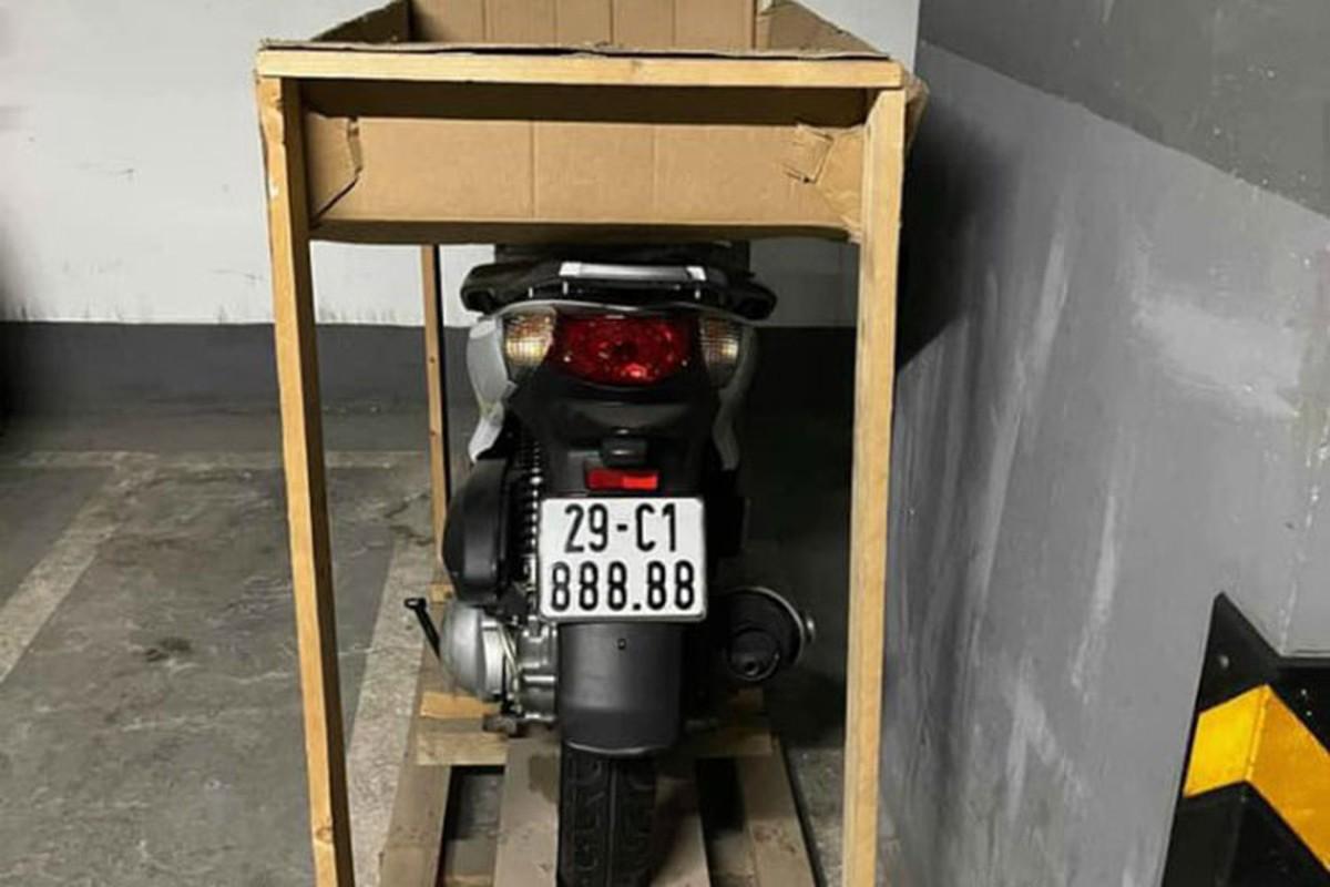 Honda SH bien 29C1-888.88 Ha Noi, sang tay