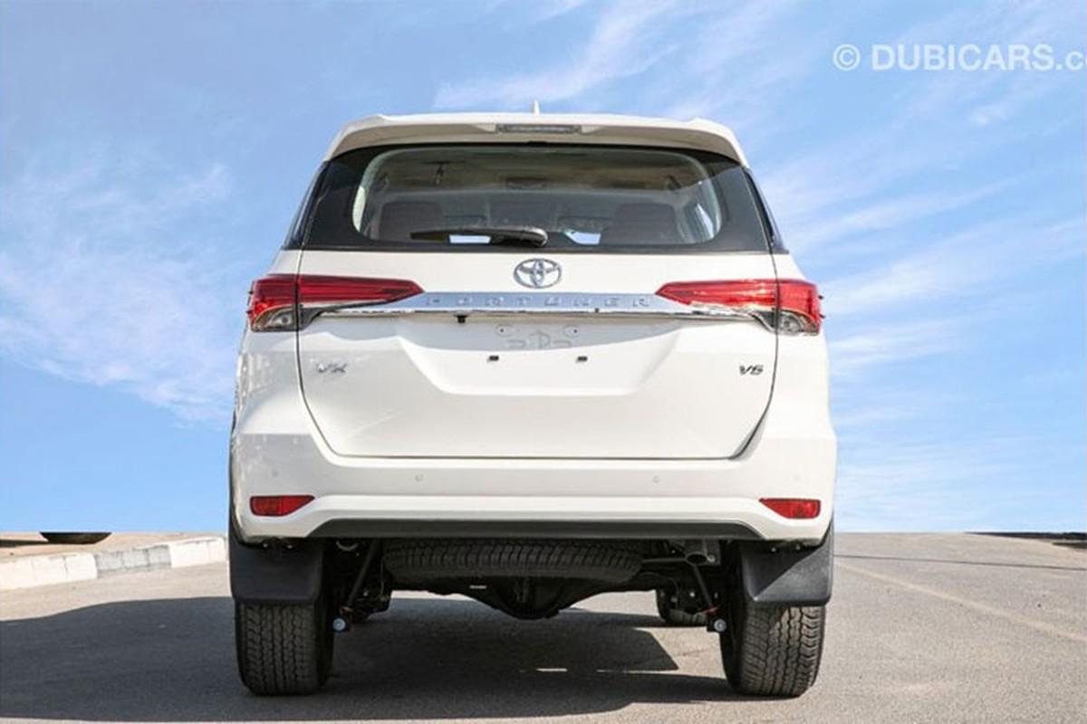 Toyota Fortuner 2021 dong co V6 4.0L tu 755 trieu dong-Hinh-4