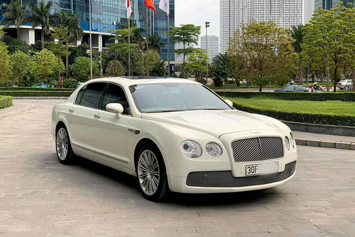 Chi tiet xe sieu sang Bentley Flying Spur chi 2,6 ty o Ha Noi