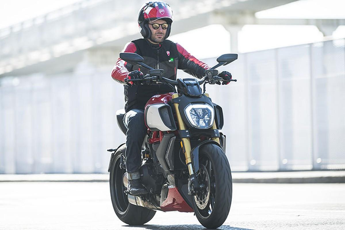 Ducati ra mat ao giap tich hop tui khi cuc ky an toan-Hinh-6