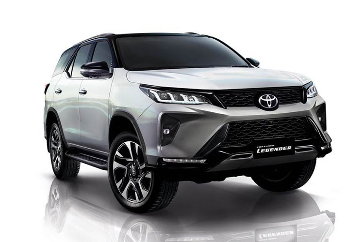 Toyota Fortuner 2021 facelift lo bien the truoc ngay ra mat-Hinh-4