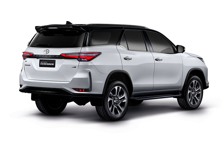 Toyota Fortuner 2021 facelift lo bien the truoc ngay ra mat-Hinh-5