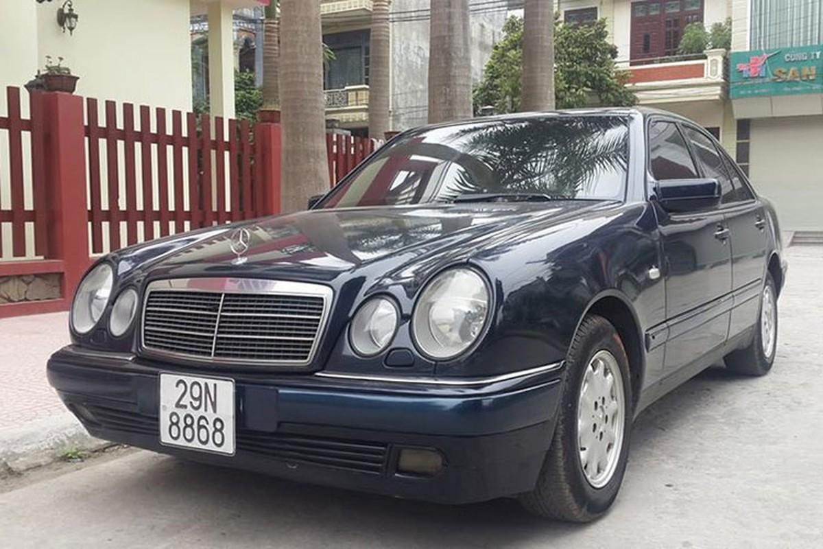 Can canh xe sang Mercedes E230 chi 100 trieu tai Ha thanh