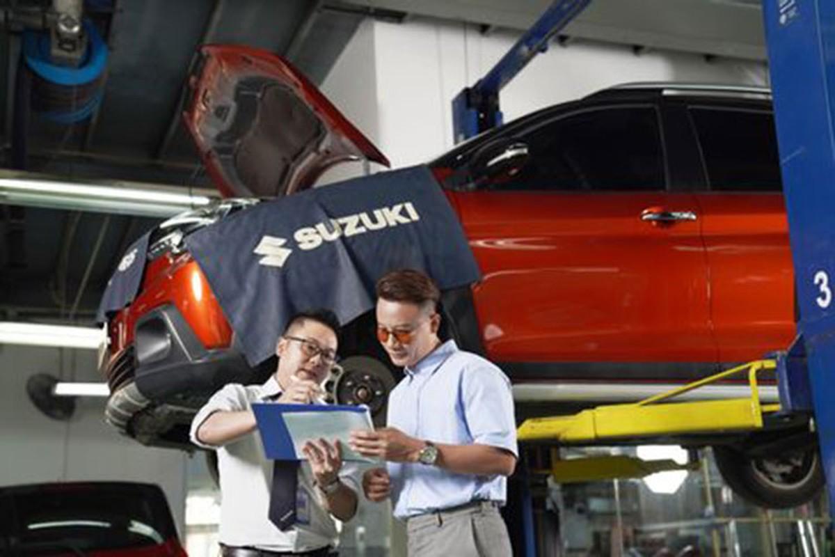 Ca si Hoang Bach khoi dau moi 2021 voi Suzuki XL7-Hinh-12