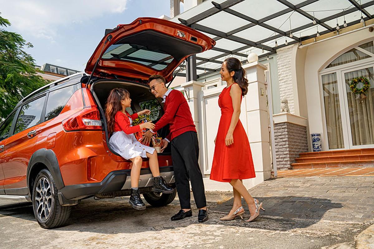 Ca si Hoang Bach khoi dau moi 2021 voi Suzuki XL7-Hinh-8