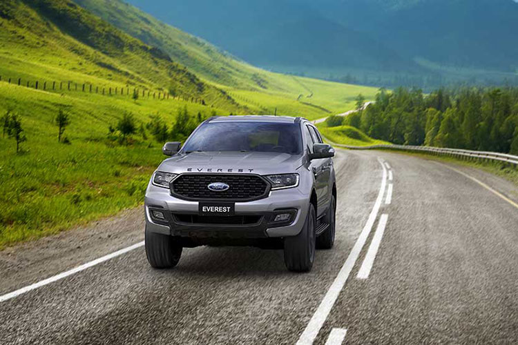 Chi tiet Ford Everest Sport 2021 tu 1,12 ty dong tai Viet Nam