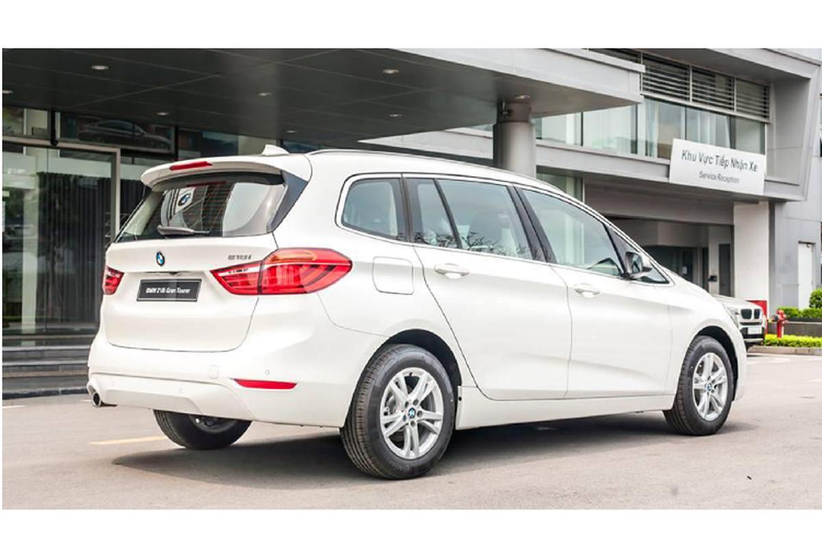 BMW 218i tai Viet Nam chi con 999 trieu, re ngang Toyota Innova-Hinh-4