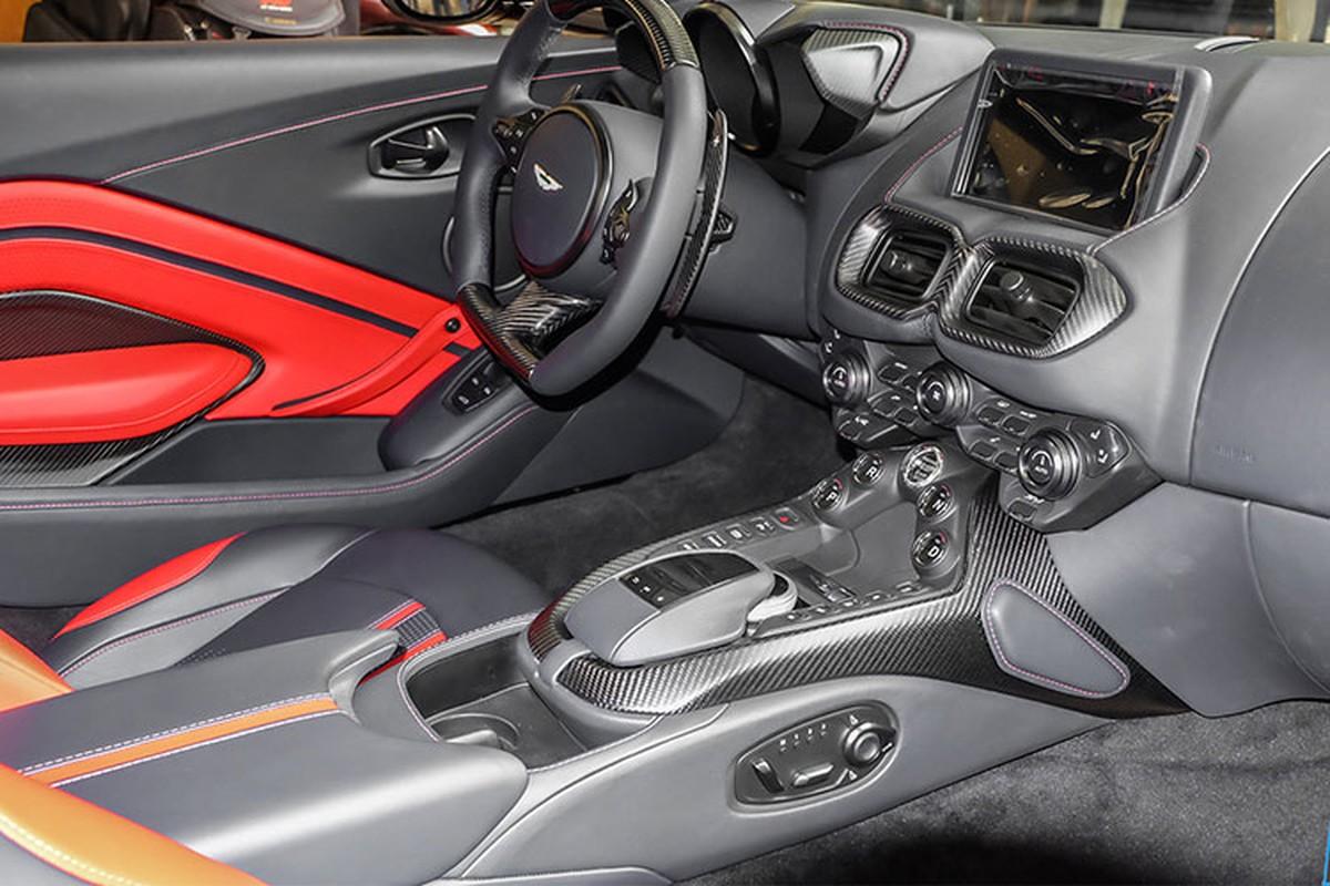 Chi tiet Aston Martin V8 Vantage gan 17 ty cua dai gia Minh Nhua-Hinh-4