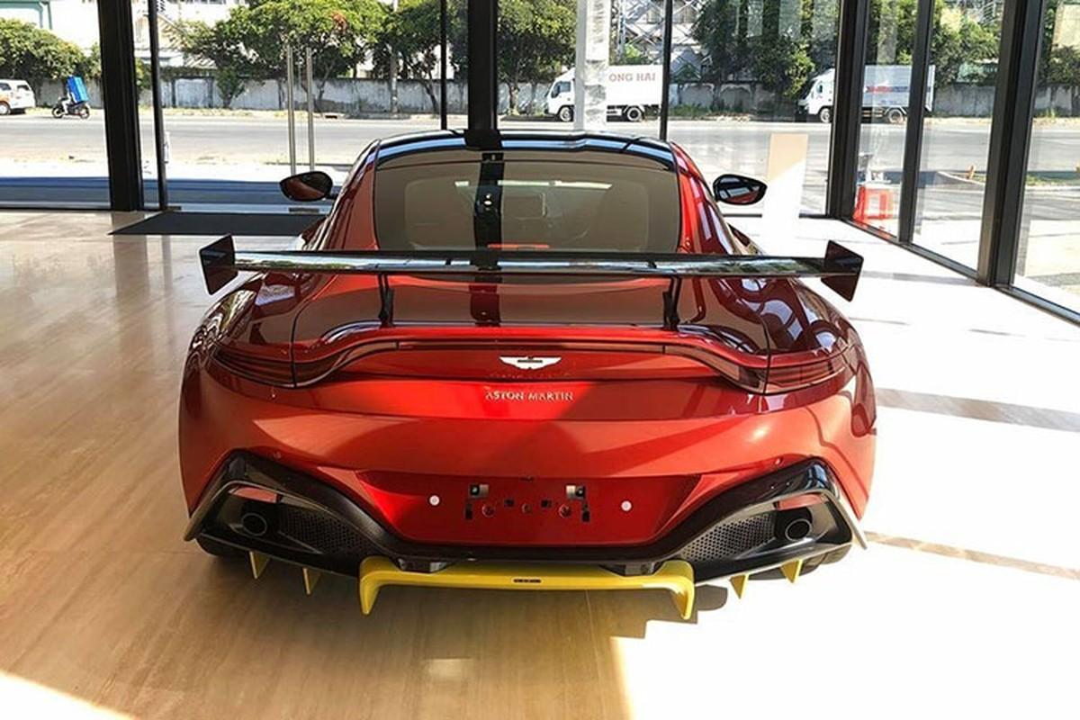 Chi tiet Aston Martin V8 Vantage gan 17 ty cua dai gia Minh Nhua-Hinh-9