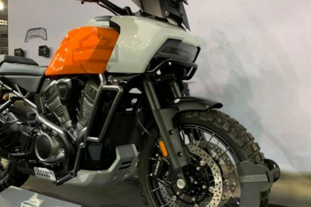 Can canh Harley-Davidson Pan America 1250 dau tien ve Viet Nam-Hinh-2