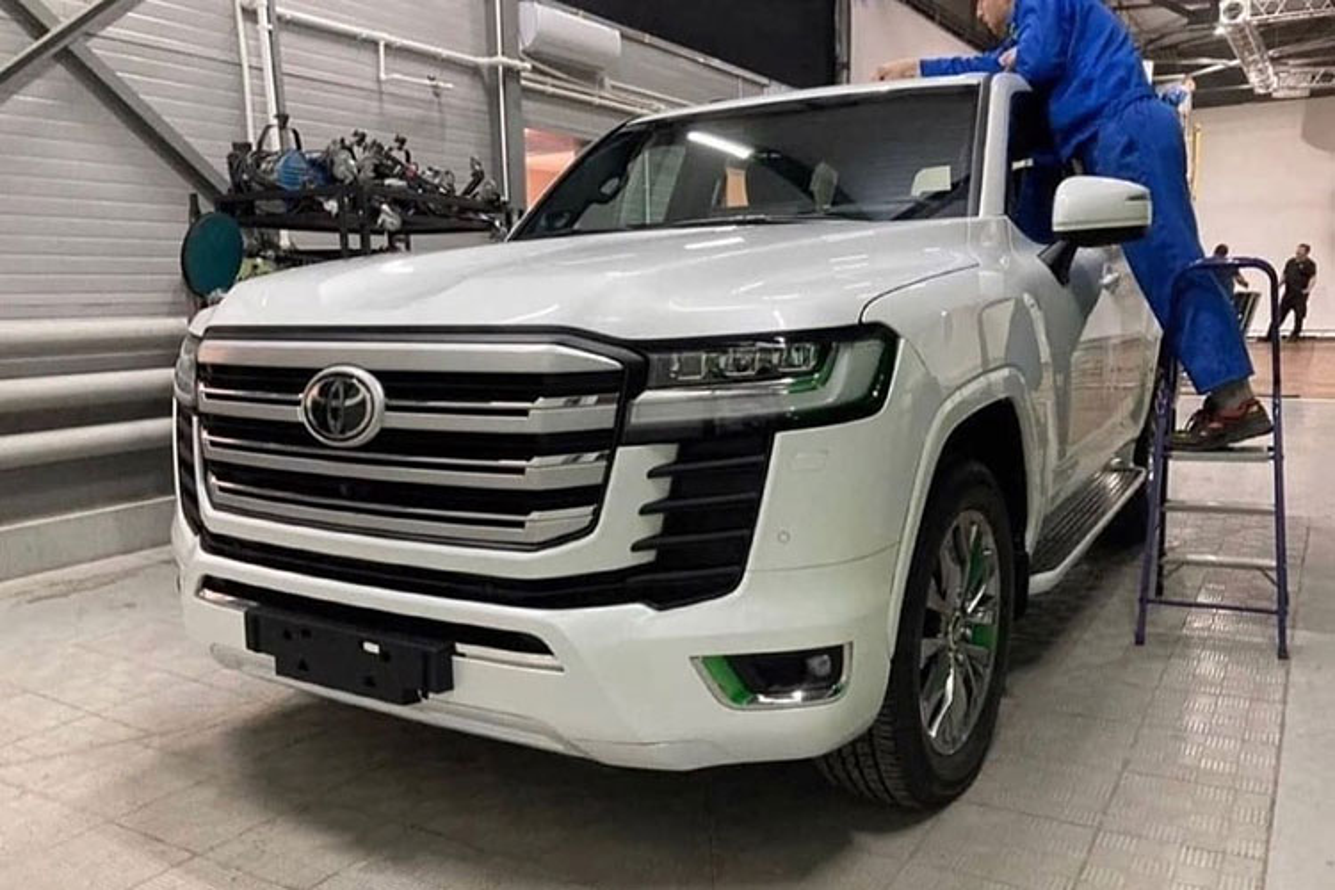 Toyota Land Cruiser 2022 lo dien hoan toan, cho ngay ra mat-Hinh-3