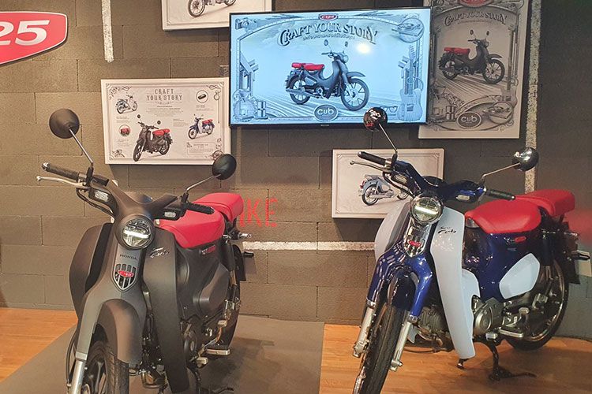 Chi tiet Honda Super Cub 2021 tu 65 trieu dong tai Thai Lan
