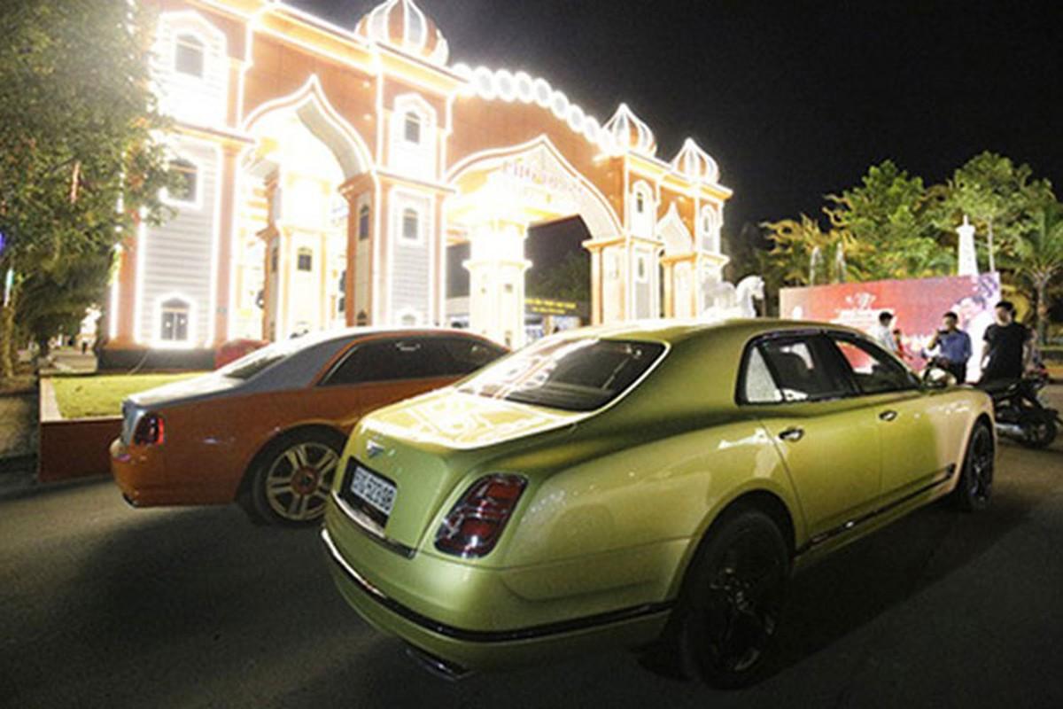 Dan xe Rolls-Royce, Bentley tram ty cua ba Nguyen Phuong Hang-Hinh-11